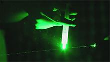 水滴在激光笔下会是什么样子?