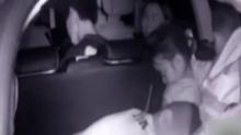 轿车超员 3个孩子藏在后备箱