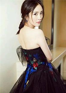 杨幂9.12生日快乐 你已美过<B>天上人间</B>!