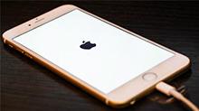 """苹果手机时间调回1970年之前将变""""砖"""""""
