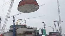 """""""华龙一号""""首堆示范工程进入穹顶吊装 中联重科自主研发3200吨履带式起重机建功"""