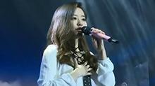 """只有唱歌! <B>张靓颖</B>""""精简""""演唱会"""
