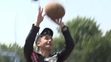 李茂球瘾爆发秒变李三岁 这投篮命中率简直帅翻了