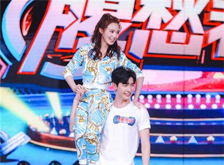 """快乐大本营20190427期:""""腹愁者""""联盟爆笑上线!""""忘川夫妇""""合体再撒糖"""