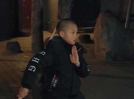 11期:奉锦贤挑战少林棍法