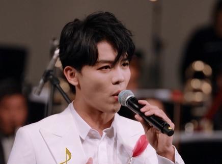 贾凡演唱《七子之歌》
