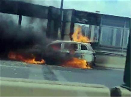 汽车发生自燃该如何应对?