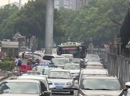 长沙新建西路跨芙蓉路桥9月底通车