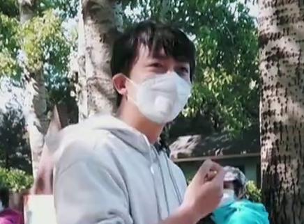 升级版第3期:李佳航谈社恐