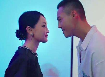 周迅陈伟霆跳复古双人舞